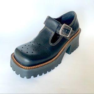 80's MIA Black Platform Chunky Shoes Size 6.